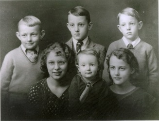 Ruth Eleanor Thompson (born Shanks) - Waisath Family Web Site