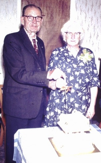 Louisa & James Howie - Golden Wedding Anniversary 1964 - Jones-Howie Web Site