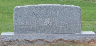 Holcombe, Nevelle & Martha Ellen Treadway headstone 1941 - Moose-Hawkins Web Site
