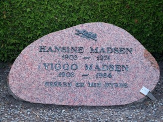 Hansine og Viggo Madsen Elling kirke / Hansine ( fdt Thomsen i St. Binderup) og Viggo Madsen Elling kirke - Familitra Web Site