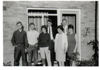 The family at the back of 35 Cook Road - lewis Web Site