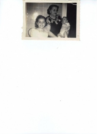 Grandma bullaro and Darlene and Carlo Jr - Recktenwald Web Site