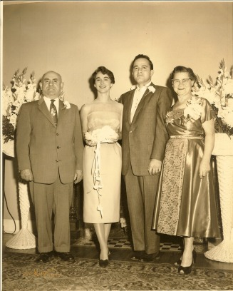 Larry and Eleanor Manhan wedding photo - Manhan Web Site