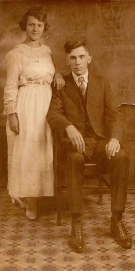 Morell and Blanche Hakes wedding picture 1919 - Erisman Web Site