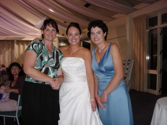 Victoria Scott, Lucy Orton and Isabella Burgess - Burgess Family New Zealand Web Site