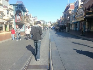 Quiet on Disneyland Main Street! No wait lines anywhere! :) - Franz Web Site